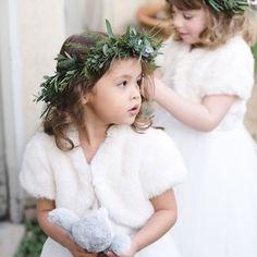 Bom dia! Daminhas prontas pra esse frio que tá fazendo 😂 #daminhas #damadehonra #flowergirls