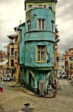 Abandoned in Havana, Cuba - trapped in time. Ice cream colored decaying buildings and cars from the P. There's not Cuba, it's a Balat in Istanbul/Turkey ❤️ Oh The Places You'll Go, Places To Travel, Places To Visit, Beautiful World, Beautiful Places, Abandoned Places, Belle Photo, Wonders Of The World, To Go