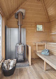 wood burning hot tub and sauna Diy Sauna, Sauna House, Sauna Steam Room, Sauna Room, Bungalows, Tiny House, Finnish Sauna, Swedish Sauna, Bath