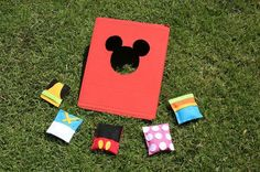This simple Mickey & Friends bean bag toss craft will add a dose of cuteness to your next backyard picnic or BBQ!