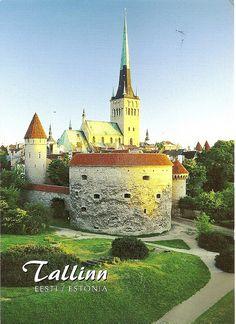 Vana Tallinn (Olde Towne, Tallinn), Estonia, Oleviste Kirik (Church) in the background