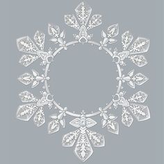 Boucheron.  In the heat, wear a snowflake around your neck, with the Flocon Impérial masterpiece. Hiver Imperial