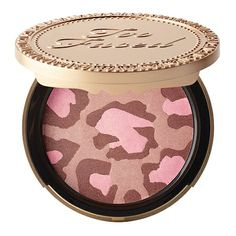 Our lovely little leopard bronzer combines gorgeous shades of golden bronzes, gilded pinks and neutral fawns to brighten skin and create a glorious all-over glow that will have you looking sun-kissed any time of the year.All Skin Tones: Fair to medium skin tones are enriched with warmth while deeper skins are infused with a healthy radiance.Natural Finish: Beautifying combination looks natural when applied and creates a look that lasts for hours.Paraben free.