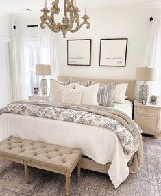How To Make Your Bed Look Fluffy In 5 Easy Steps