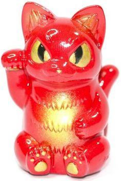 Unique_custom_red_gold_lucky_negora_kaiju_cat-zukaty_paulo_mendes-migora_mini_negora-trampt-245190m