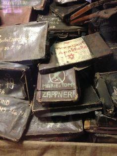 Auschwitz-Suitcases