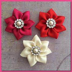 Small flower with rhinestone and pearl hair clipsflower hair