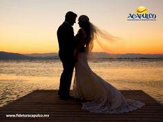 #bodaenacapulco El Hotel Emporio es tu mejor opción para casarte en Acapulco. BODA EN ACAPULCO. El Hotel Emporio cuenta con hermosas locaciones para que celebres tu boda en ellas, las cuales son de diferentes capacidades para que no tengas problema si quieres una boda privada o a lo grande y además, sus expertos se acoplarán a tus requerimientos y preferencias. Visita la página oficial de Fidetur Acapulco, para obtener más información.