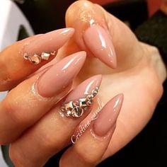 nude stiletto diamond claws ♡
