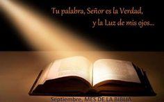 """Septiembre, mes de la Biblia San Juan de la Cruz solía decir que cuando Jesús vino al mundo, el Padre se quedó mudo en los cielos porque su Palabra había descendido a la tierra. La Biblia no es un libro más. Es sagrada porque es la vida misma. Es palabra viva porque Jesucristo es palabra viva y la Palabra es Dios. """"el Verbo se hizo carne y habitó entre nosotros"""". (632×395)"""