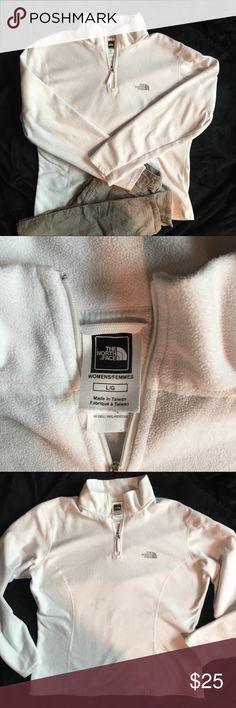 023289fe5 The North Face pullover Cream colored women s pullover polar fleece with  3 4 zipper great