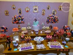 Ever After High table decoration