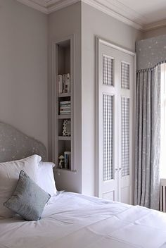 Design, furniture and decorating ideas. small bedroom wardrobe, bedroom storage for small rooms, small bedrooms, built in wardrobe Home Bedroom, Bedroom Interior, Bedroom Makeover, Small Master Bedroom, Bedroom Diy, Closet Small Bedroom, Bedroom Built Ins, Small Bedroom, Bedroom Built In Wardrobe