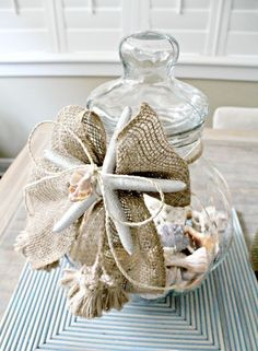 How To Decorate With Seashells: 37 Inspiring Ideas | DigsDigs  SO DRESSY ON A BOW