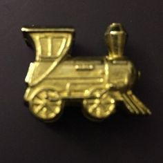 Train Gold Tone Pewter Token from the Deluxe Edition Monopoly Edition #ParkerBrothers