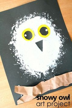 Learn about snowy owls. Then create this snowy owl winter craft for kids as you discuss what you've learned. Great for an arctic animal preschool theme.