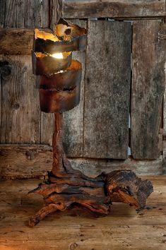 Lampe métal rouillé et bois