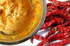 Homemade Muscle Rub Recipe With Cayenne Pepper For Quick Pain Relief - Juicing For Health Rub Recipes, Cream Recipes, Turmeric Golden Milk, Turmeric Recipes, Fruit Slice, Hottest Chili Pepper, Juicing For Health, Stuffed Hot Peppers