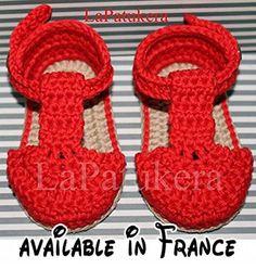 Sandale bébé chaussures de bébé au crochet modèle BOMBÓN, costume Rouge et de chameau, 100% coton, tailles 0-9 mois à la main en Espagne..  #Guild Product #GUILD_BABY