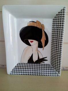 """La dame au chapeau, avec decalcomanie """"pied de poule"""""""