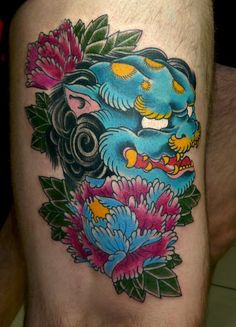 Japanese Foo Dogs Cake Ideas and Designs Head Tattoos, Dog Tattoos, Body Art Tattoos, Foo Dog Tattoo, Tattoo Sleeve Designs, Sleeve Tattoos, Japanese Foo Dog, Poppies Tattoo, Special Tattoos