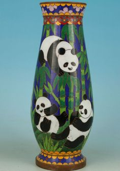 Chinese Old Cloisonne Handmade Painting Collection Mascot Panda Vase Decoration