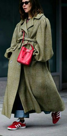 Red Bags to Make Your Outfit Pop