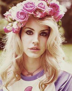 be5e787a67613 Lana Del Rey ♫ alwaraky Flower Crowns