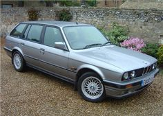 and I have not just owned Fords.but must admit I like my Small Estates.including this BMW Estate.sorry BMw Touring ; Bmw E30 Touring, Bavarian Motor Works, Auto Design, Bmw 3 Series, Station Wagon, Car Photos, Ephemera, Luxury Cars, Cool Cars