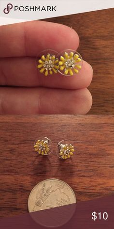 Anthropologie Daisy Studs So cute! Never worn! Accepting all reasonable offers but no trades! Anthropologie Jewelry Earrings
