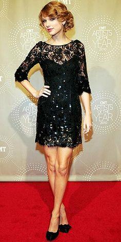 Taylor Swift in Jenny Packham in 2010