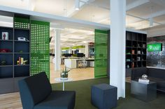 xAd - New York City Office. Designer: Design Republic. #Workstation #OfficeInterior