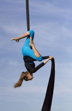 Aerial Silk, I really want to learn how to do this!