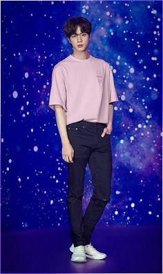 """Here is a thread of the things that & collab Voyager Collection' has! Hyung line"" Seokjin, Kim Namjoon, Kim Taehyung, Jimin, Vlive Bts, Bts Bangtan Boy, Foto Bts, Bts Photo, Jung Hoseok"