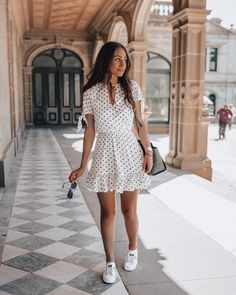 Chapter sunday dress outfit, dress outfits, fashion dresses, hot outfits, d Casual Summer Outfits For Women, Trendy Outfits, Outfits For Italy, Autumn Outfits, Sunday Dress Outfit, Hot Day Outfit, Wrap Dress Outfit, Outfit Work, Swag Dress