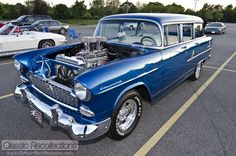 This classic Chevy went from mild to wild! FEATURE: 1955 Chevrolet 210 Townsman Wagon