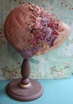 Antique Flapper Cloche Hat Silk Velvet Ribbon Trim Stamen Lilac Pink Millinery