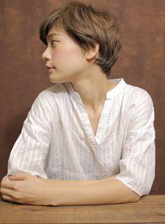 大人シンプルショート(髪型ショートヘア)