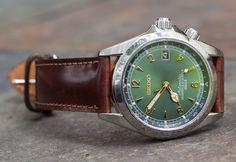 Seiko Alpinist with shell cordovan band Seiko Sarb, Seiko Mod, Seiko Watches, Casual Watches, Cool Watches, Watches For Men, Wrist Watches, Seiko Automatic, Automatic Watch