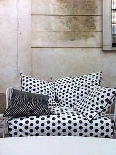 Paola Navone Limited edition furniture for Merci in Paris during Il Salone 2012 Merci Paris, Polka Dot Bedding, Paola Navone, Love Your Home, Cozy House, Scandinavian Design, All The Colors, Pop Up, Decoration