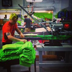 Sometime it feels good to get off robot mode and take it back to the basics of #screenprinting @engrish78 shows us how it's done. #fashion #apparel #printing #denver #superiorink