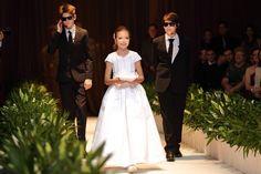 Casamento de luxo: entrada das alianças