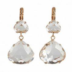 Diese eleganten Ohrhänger mit Swarovskisteinen in Rosegold sind eine ideale Ergänzung zu deinem Look. Vom beliebten Label Rio Berlin.