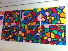 Groepswerk - Kan in groepjes van 2, 3, 4, meer of zelfs de hele klas. Eerst met zwarte verf vormen en figuren schilderen, deze met elkaar verbinden met zwarte lijntjes en dan alle vlakken inkleuren.