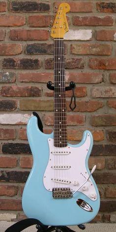 Fender Guitar T Shirt Electric Guitar Lessons, Fender Electric Guitar, Bass Guitar Lessons, Cool Electric Guitars, Guitar Tips, Blue Electric Guitar, Blue Guitar, Bass Guitar Notes, Music Guitar