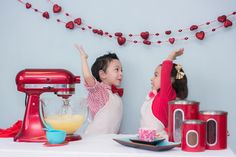http://www.prettymyparty.com/valentines-day-baking-inspired-styled-shoot/