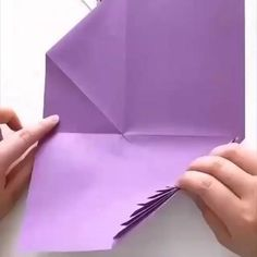 Paper Flowers Craft, Flower Crafts, Fantasy Cake, Cake Decorating Videos, Diy Home Crafts, Xmas Cards, Cute Wallpapers, Decoupage, Life Hacks