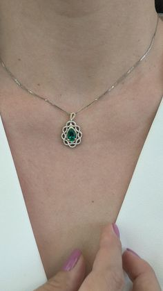 Emerald Necklace, Emerald Gemstone, Convertible Furniture, Pendant Jewelry, Pendant Necklace, Jewelry Tattoo, Formal Outfits, Diamond Anniversary, Stone Pendants
