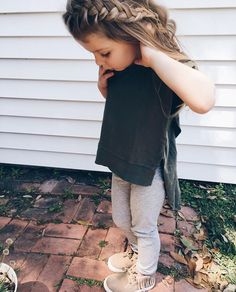 Trendy Toddler Clothes Trendy Boy Clothing Websites Little Kid Out So Cute Baby, Cute Baby Clothes, Cute Kids, Cute Babies, Cute Little Girls, Toddler Girl Style, Toddler Girl Outfits, Toddler Fashion, Kids Fashion