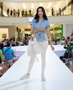 Krysthelle Barretto Panama Fashion Model, @krystylos, Krystylos, Steven's AltaModa altaplaza pasarela runway Fashion show Photo: Revista Avanti